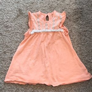 🎉5 for $25🎉Jessica Simpson peach embroidered top